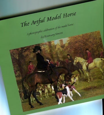 THE ARTFUL MODEL HORSE by Rosemary Simeon